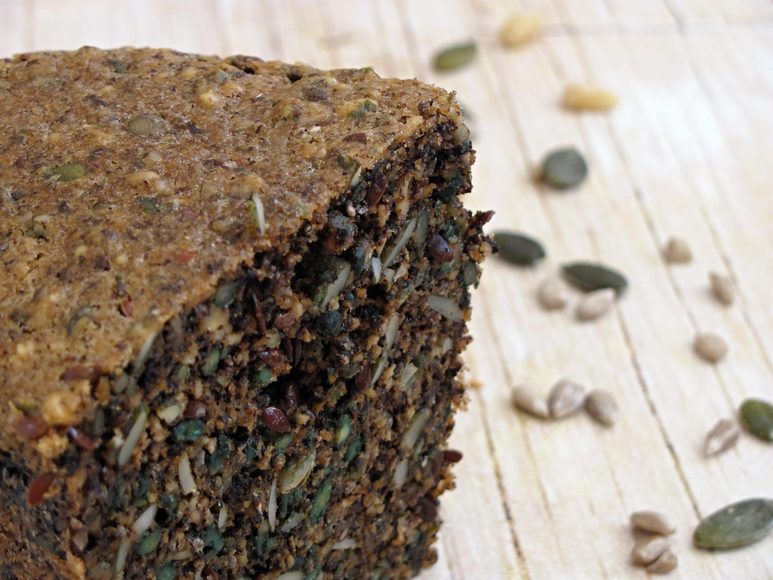Semínkový chléb (Paleo, Lowcarb, Keto, GAPS)