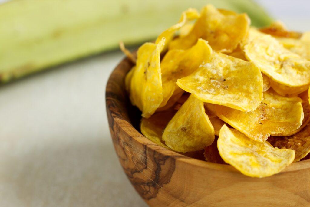 Plantainové chipsy