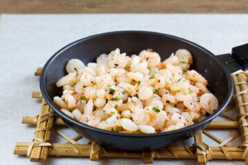 Česnekové krevety (Paleo, AIP, Whole30, Lowcarb, Keto, GAPS)