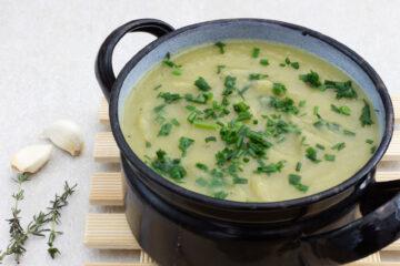 Pórková polévka (Whole30, Vegan)