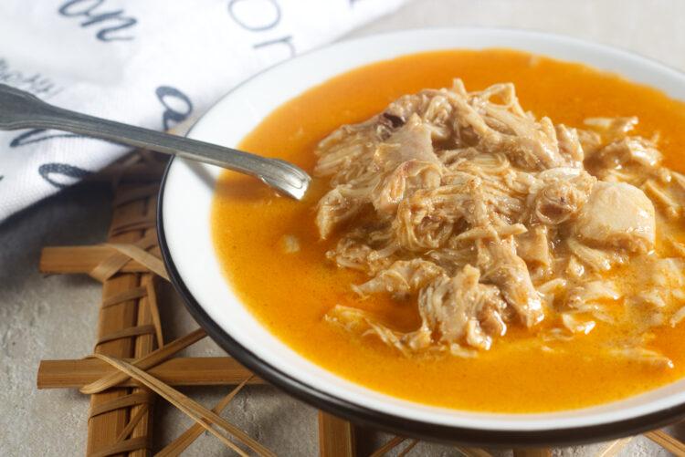 Kuře na paprice z pomalého hrnce (Paleo, Whole30, Lowcarb, Keto, GAPS)