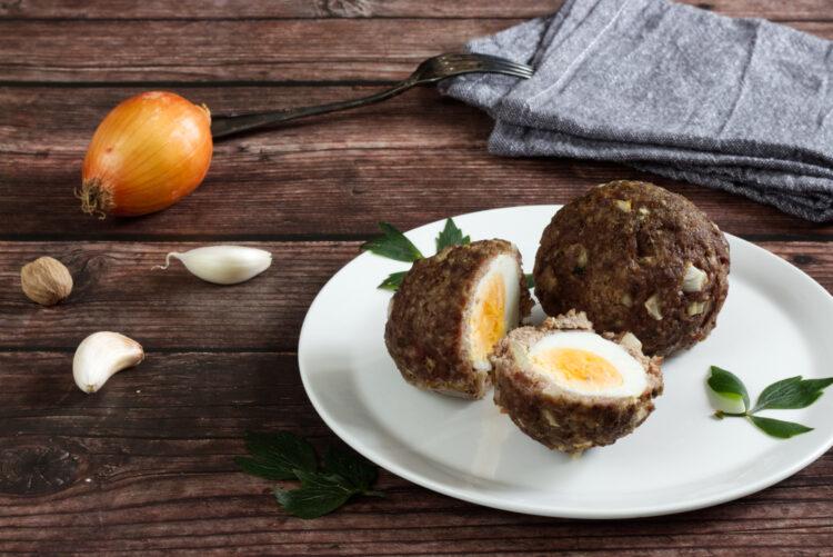 Skotská vejce (Paleo, Whole30, Lowcarb, Keto, GAPS)