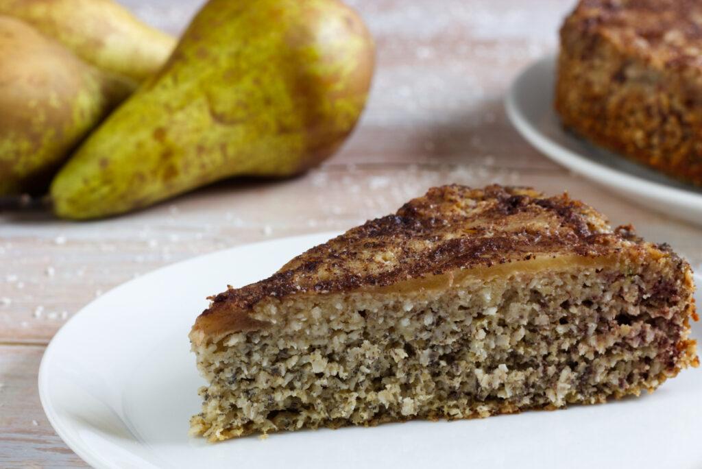 Obrácený kokosový koláč s hruškami (Paleo)